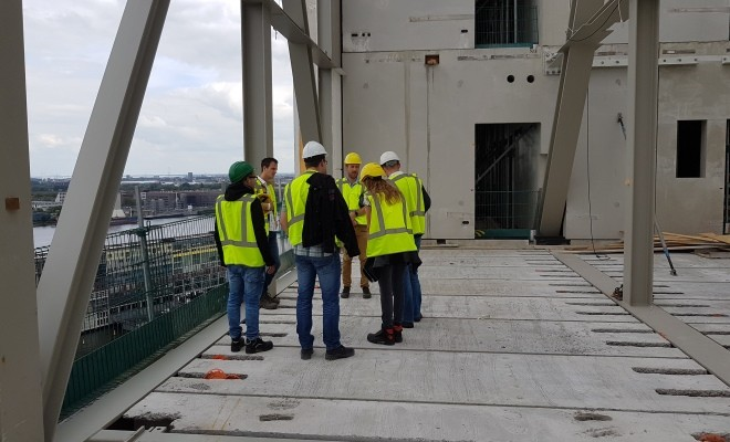 Team DW bezoekt woongebouw Pontsteiger Amsterdam